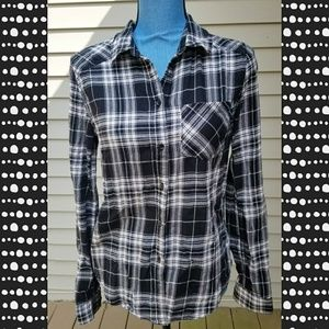 Paige flannel button up size small